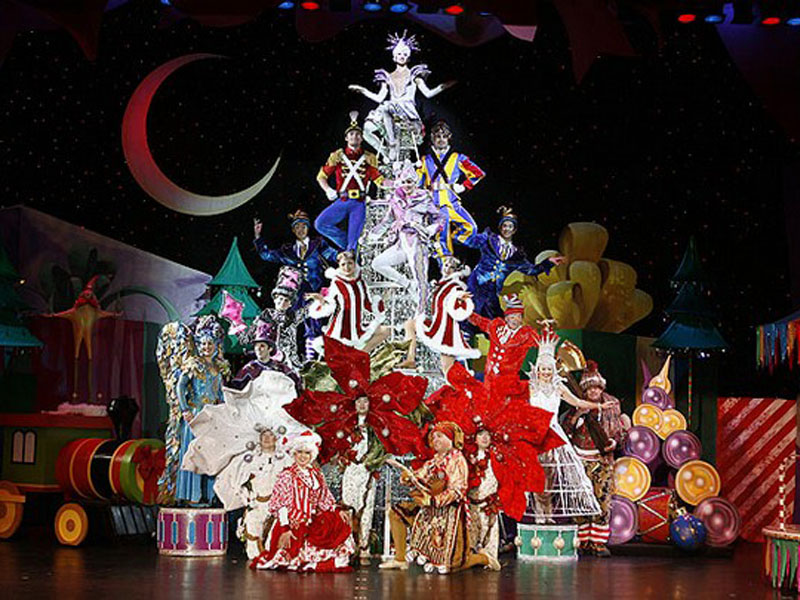 Cirque's Christmas Dreams, National Tour